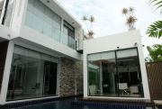 Unique Modern home close to the beach Houses For Sale in  Jomtien
