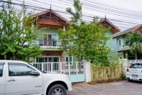 Banlue Land and House Houses For Sale in  East Pattaya