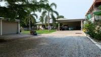 Charknok Villa 94224