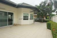 Green Field Villa Houses For Sale in  East Pattaya