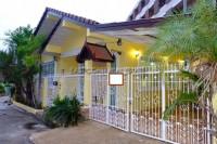 Kamolsuk Houses  in  Pattaya City