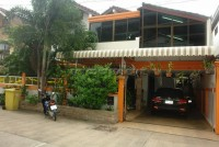 Kamolsuk Villa  Houses For Sale in  Pattaya City