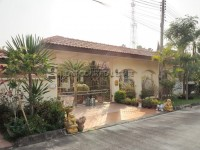 Paradise Villa 3 Houses For Sale in  East Pattaya