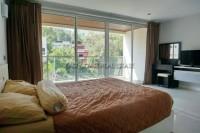 Pattaya Heights Condominium For Sale in  Pratumnak Hill