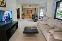 Pattaya Vadee 2 Houses For Sale in  East Pattaya