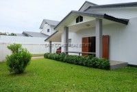 Bang Saray House Houses For Sale in  South Jomtien