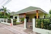 SP4 Village Houses For Sale in  East Pattaya