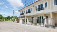 Sansuk Town1 Houses For Sale in  East Pattaya